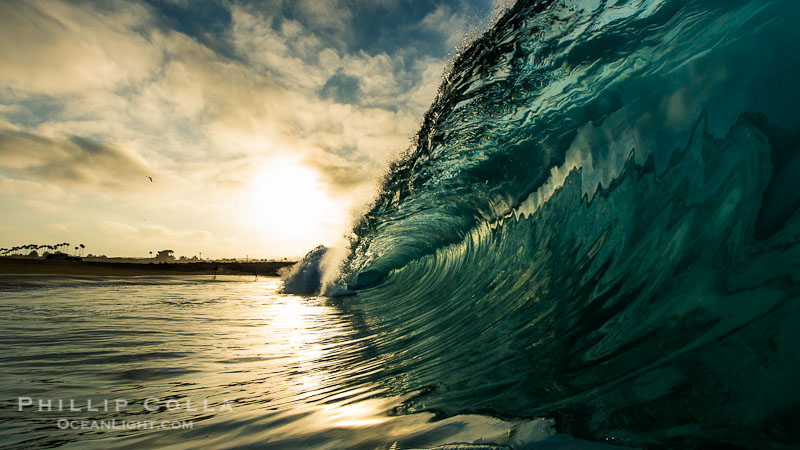 surf photo, beautiful sunrise with clouds and color