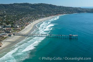 Aerial Photo of San Diego Scripps Coastal SMCA. Scripps Institution of Oceanography Research Pier, La Jolla, California
