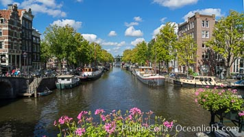Amsterdam canals and quaint city scenery. Amsterdam, Holland, Netherlands, natural history stock photograph, photo id 29435
