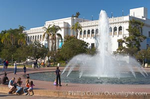 The Bea Evenson Foundation is the centerpiece of the Plaza de Balboa in Balboa Park, San Diego.  The San Diego Natural History Museum is seen in the background. Balboa Park, San Diego, California, USA, natural history stock photograph, photo id 14590