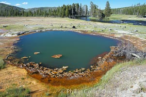 Black Opal Spring, Biscuit Basin, Yellowstone National Park, Wyoming