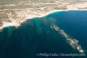 Chileno Bay, Bahia Chileno. Residential and resort development along the coast near Cabo San Lucas, Mexico. Cabo San Lucas, Baja California, Mexico, natural history stock photograph, photo id 28921