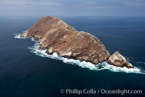 North Coronado Island, aerial photo, viewed from the south. Coronado Islands (Islas Coronado), Coronado Islands, Baja California, Mexico, natural history stock photograph, photo id 21317