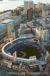 Downtown San Diego and Petco Park, viewed from the southeast. San Diego, California, USA