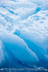 Iceberg detail. Paulet Island, Antarctic Peninsula, Antarctica, natural history stock photograph, photo id 24900