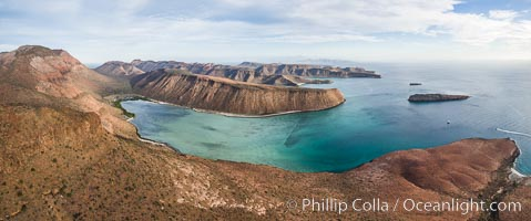 Isla Gallo and Playa Gallina, Isla Espiritu Santo, Sea of Cortez, Aerial Photo. Isla Espiritu Santo, Baja California, Mexico, natural history stock photograph, photo id 32468