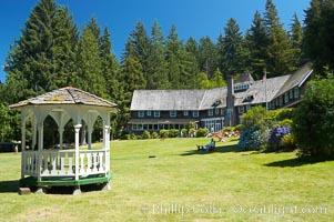 Lake Quinalt Lodge, Olympic National Park, Washington