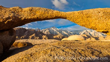 Lathe Arch and Lone Pine Peak, sunrise, Alabama Hills Recreational Area