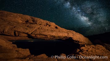 Mesa Arch and Milky Way at night. Mesa Arch, Canyonlands National Park, Utah, USA