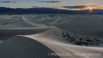 Mesquite Dunes at sunrise, dawn, clouds and morning sky, sand dunes, Death Valley National Park, California