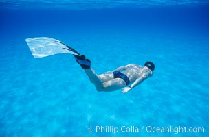Freediver and monofin
