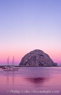 Morro Rock and Morro Bay, pink sky at dawn, sunrise. Morro Bay, California, USA, natural history stock photograph, photo id 06445