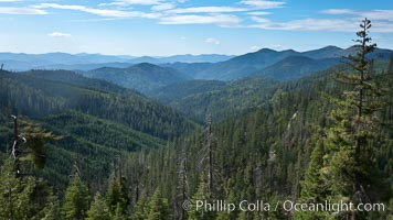 Mountains and trees, view overlooking Oregon Caves National Monument. Oregon Caves National Monument, Oregon, USA, natural history stock photograph, photo id 25866
