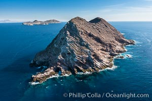 North Coronado Island, Mexico, northern point looking south with Middle and South Islands in the distance, aerial photograph, Coronado Islands (Islas Coronado)