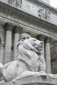The stone lions Patience and Fortitude guard the entrance to the New York City Public Library, Manhattan