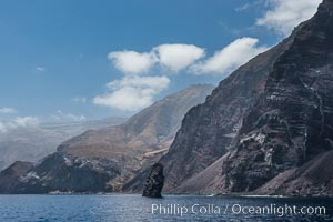 Pilot Rock and Guadalupe Island. Guadalupe Island (Isla Guadalupe), Baja California, Mexico, natural history stock photograph, photo id 28778
