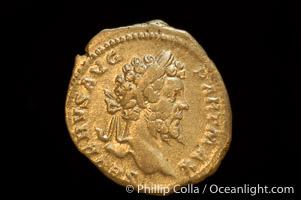 Roman emperor Sept. Severus (193-211 A.D.), depicted on ancient Roman coin (silver, denom/type: Denarius) (Denarius, 3.18g. Sear 1753v, RSC 203, RIC 160. Obverse: SEVERVS AVG PART MAX. Reverse: FVNDATOR PACIS)