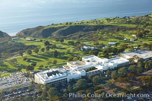 Scripps Clinic and Torrey Pines Golf Course, with the Pacific Ocean in the distance, La Jolla, California
