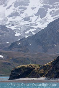 Shackleton Memorial Cross, with mountains of South Georgia Island, Grytviken