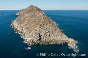 South Coronado Island, Mexico, southern point looking north, aerial photograph. Coronado Islands (Islas Coronado), Coronado Islands, Baja California, Mexico, natural history stock photograph, photo id 29062