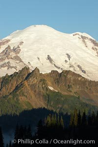 Sunrise, Mount Rainier and Governors Ridge, Emmons Glacier, Mount Rainier National Park, Washington