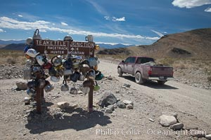 Teakettle Junction, on the notorious road to the Racetrack Playa. Death Valley National Park, California, USA, natural history stock photograph, photo id 25335