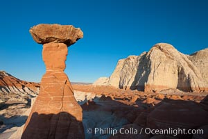 Toadstool Hoodoos near the Paria Rimrocks, Grand Staircase - Escalante National Monument, Utah