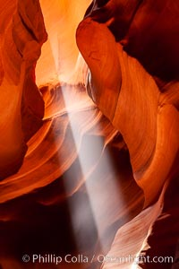 Light beam in Upper Antelope Canyon slot canyon, Navajo Tribal Lands, Page, Arizona