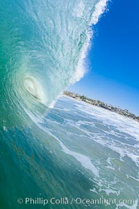Breaking wave, tube, hollow barrel, morning surf