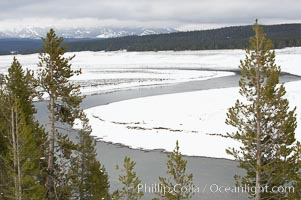 Yellowstone River flows through Hayden Valley, winter, snow, Yellowstone National Park, Wyoming
