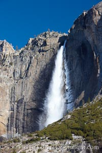 Yosemite Falls viewed from Cook's Meadow. Yosemite Falls, Yosemite National Park, California, USA