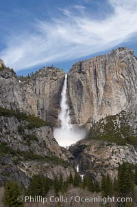 Upper Yosemite Falls near peak flow in spring.  Yosemite Falls, at 2425 feet tall (730m) is the tallest waterfall in North America and fifth tallest in the world.  Yosemite Valley, Yosemite National Park, California