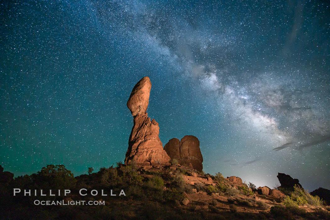 Balanced Rock and Milky Way stars at night. Balanced Rock, Arches National Park, Utah, USA, natural history stock photograph, photo id 27831
