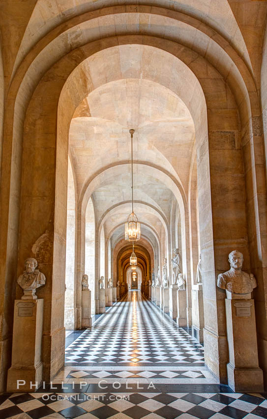 Versailles Palace. Chateau de Versailles, Paris, France, natural history stock photograph, photo id 28077