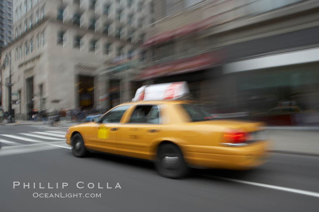 Crazy taxi ride through the streets of New York City. Manhattan, USA, natural history stock photograph, photo id 11188