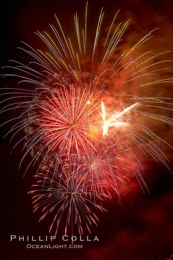 Fireworks.,  Copyright Phillip Colla, image #18991, all rights reserved worldwide.