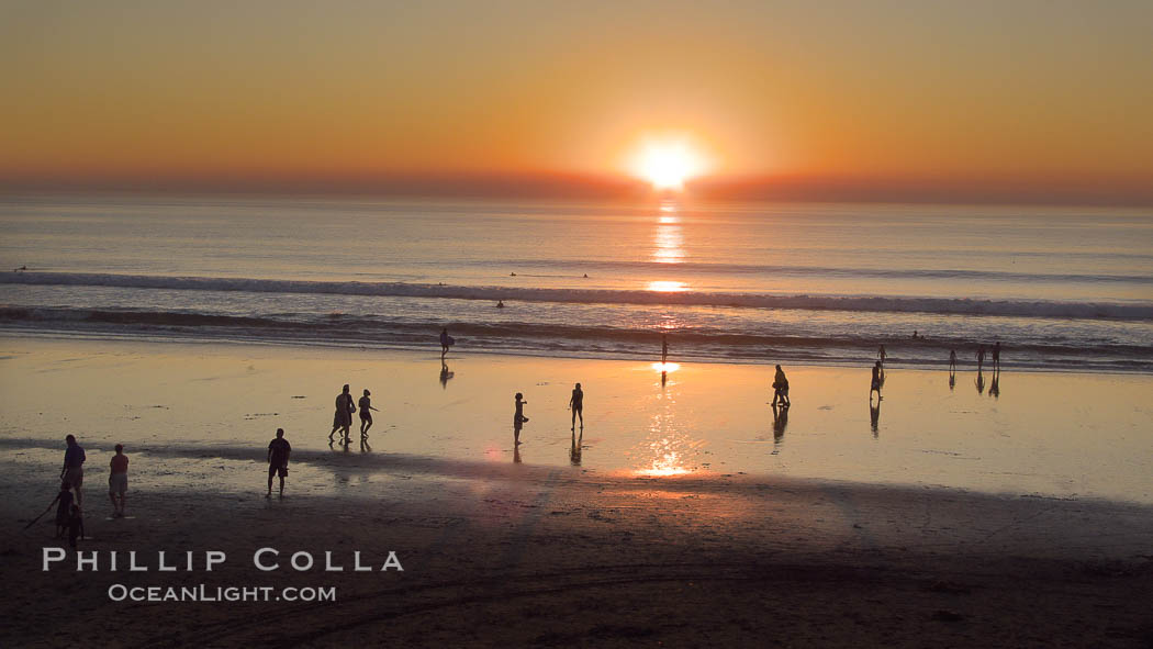 Moonlight Beach at sunset.,  Copyright Phillip Colla, image #21793, all rights reserved worldwide.