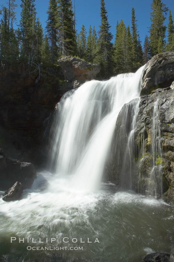 Moose Falls is a 30 foot drop in the Crawfish Creek just before it joins the Lewis River, near the south entrance to Yellowstone National Park. Yellowstone National Park, Wyoming, USA, natural history stock photograph, photo id 13295