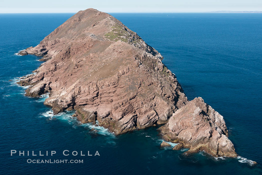 North Coronado Island, Mexico, southern point looking north, aerial photograph, Coronado Islands (Islas Coronado)
