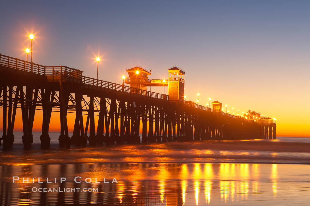 Oceanside Pier at dusk, sunset, night.  Oceanside.,  Copyright Phillip Colla, image #14628, all rights reserved worldwide.