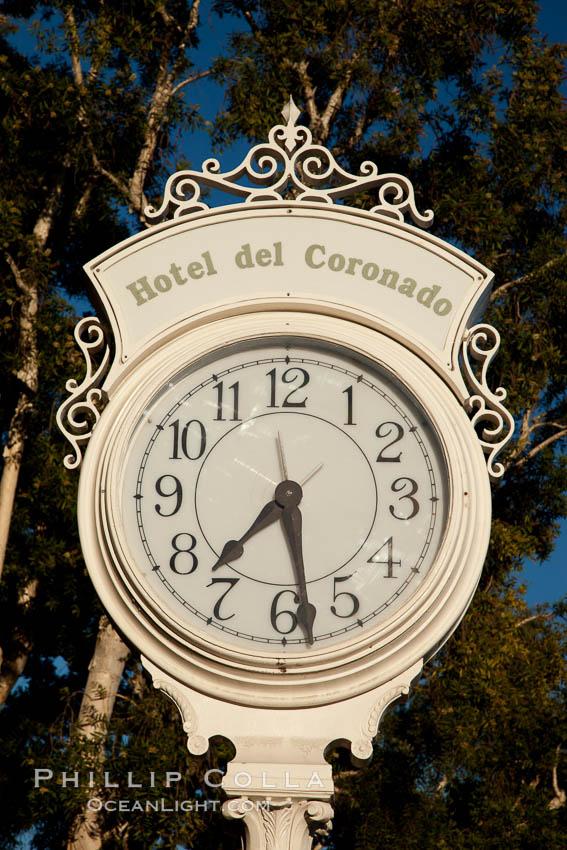 Old fashioned clock at the Hotel Del, Coronado, San Diego. San Diego, California, USA, natural history stock photograph, photo id 27109