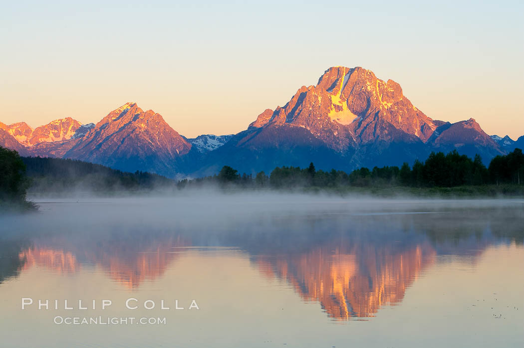 Mount Moran rises above the Snake River at Oxbow Bend.,  Copyright Phillip Colla, image #13028, all rights reserved worldwide.