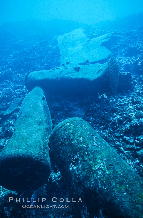 Debris,  wreck of F/V Jin Shiang Fa, Rose Atoll National Wildlife Sanctuary