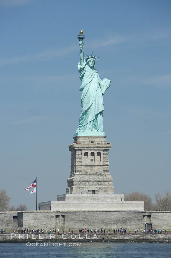 a history of the statue of liberty in new york city New york city's highest-rated sightseeing tours  - during the tour you'll see the new york stock exchange, the statue of liberty,  the magical history of.