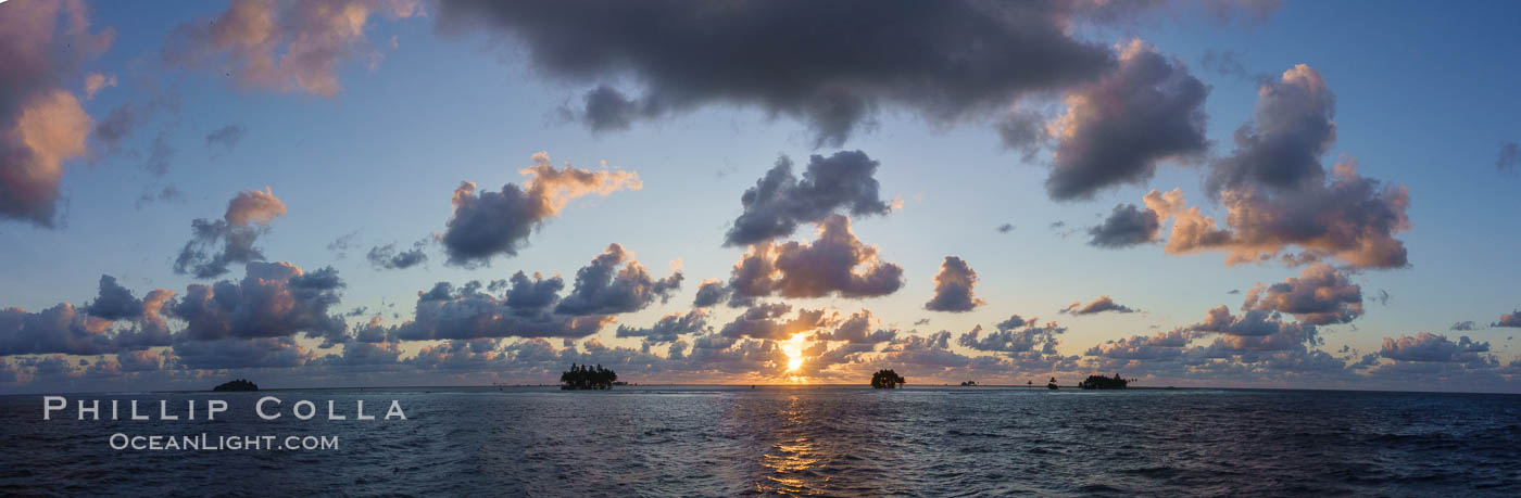 Sunrise over Clipperton Island, Panorama