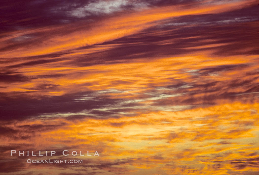 Clouds and sunlight.,  Copyright Phillip Colla, image #05642, all rights reserved worldwide.