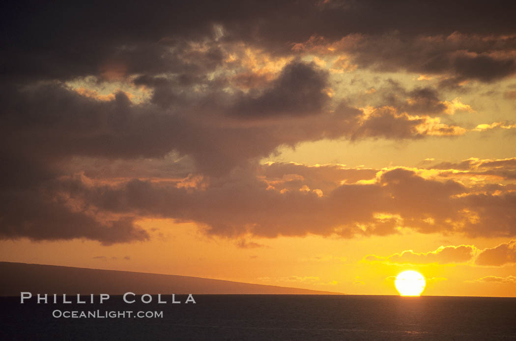 Image 18512, Clouds at sunset, rich warm colors and patterns. Maui, Hawaii, USA