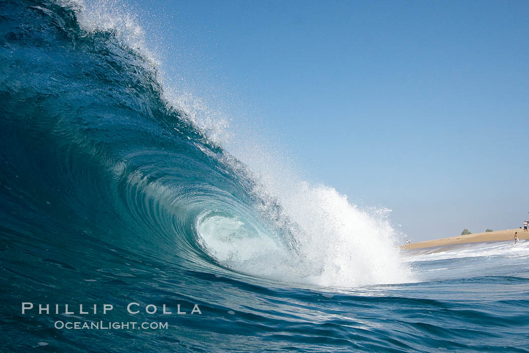 This is the fantastic water wave natural sea wallpaper background