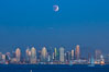 Supermoon Eclipse at Moonrise over San Diego, September 27 2015. Image #31873