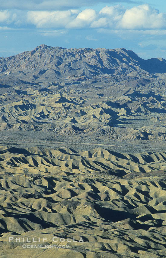 Photo of the Borrego Badlands from Fonts Point